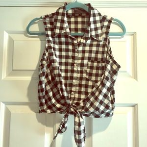 Cropped Guess Gingham Top